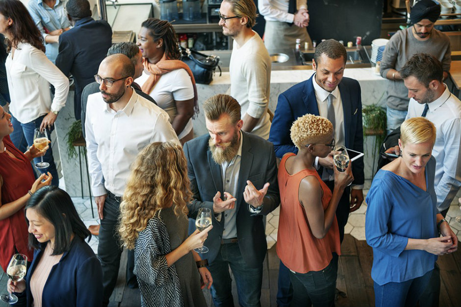 Networking profissional: por que começar desde a graduação?